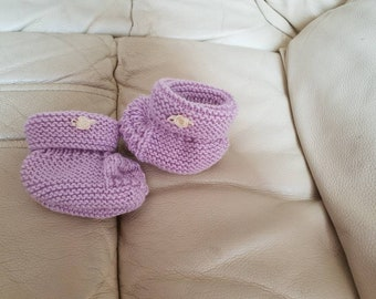 0-6 month baby bootees with flower embellishment