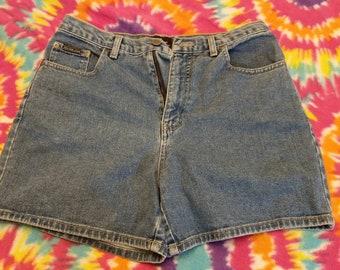90's highwaisted shorts