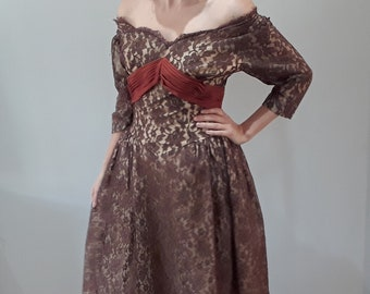 26d7d84bf2a3 Susan Small Vintage 1950's Brown Lace Prom Dress Party Evening Costume Full  Swing Skirt