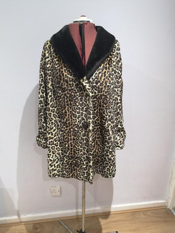 1960's leopard print coat, 60's faux fur coat, vi… - image 2