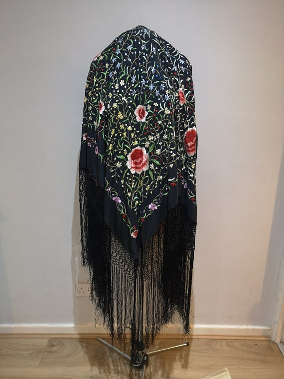 Vintage embroidered fringed piano shawl, floral fr