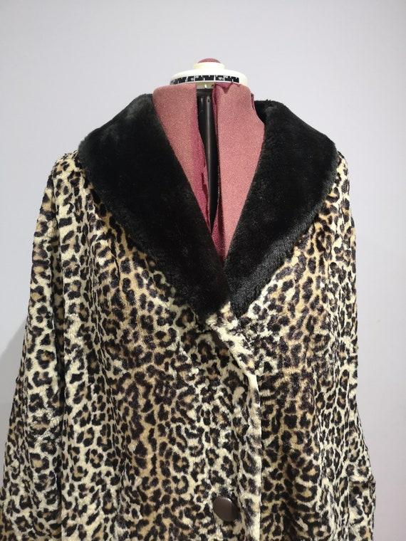 1960's leopard print coat, 60's faux fur coat, vi… - image 5