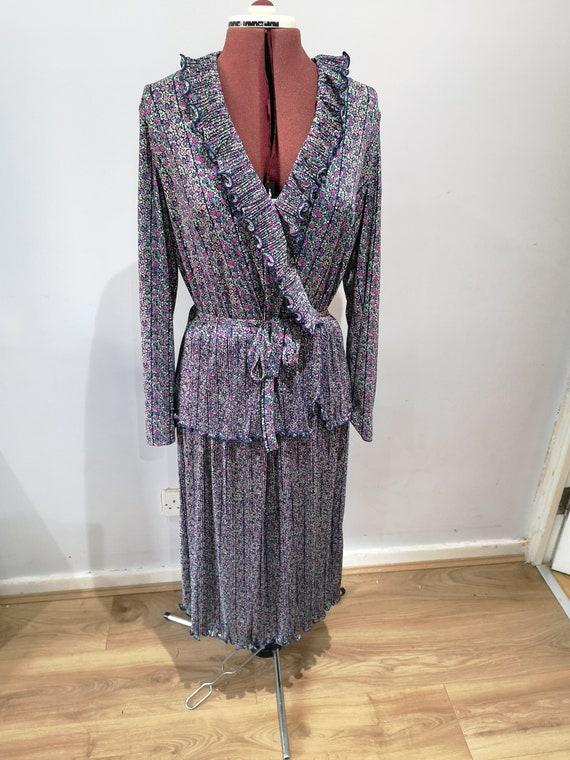 60's or 70's vinatge dress, CRESTA, ditsy floral d