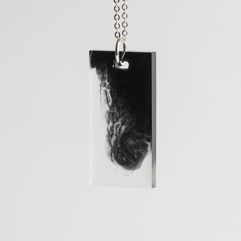 Long necklace 402 image 0