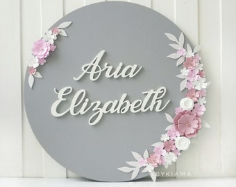 Round nursery name sign - Custom round baby name sign - Circle first middle name plaque with flowers - Personalized girl first birthday gift