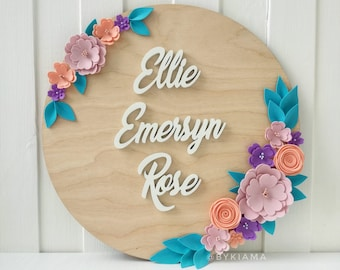 Round nursery name sign - Baby name sign - Floral nursery sign - Flower name sign - Custom baby name plaque -  Personalized baby name sign