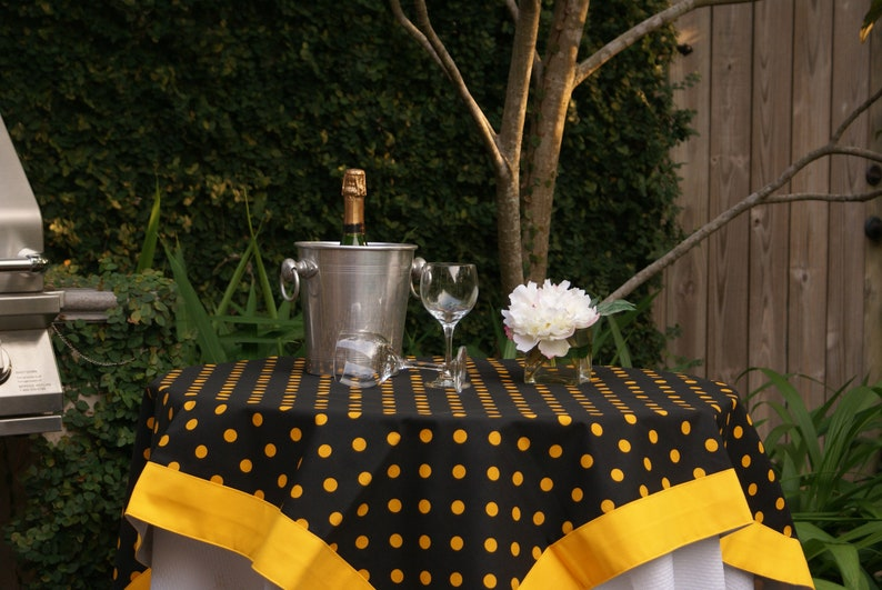 52 in. Square Black and Gold Tailgating Tablecloth with Gold image 0