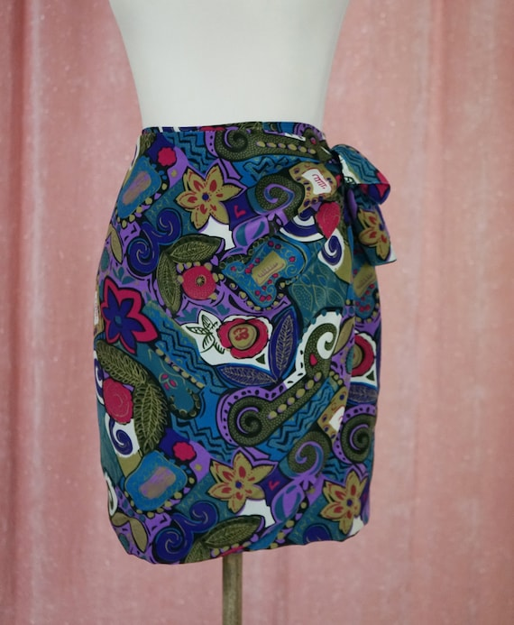 90s Floral and Geometric Pattern Top and Matching… - image 8