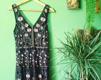 Vintage Anthropologie Boho Flower Embroided Paris Dress