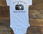 Can't Escape the Mamarazzi , Custom Baby Onesie, Funny Onesie, Personalized Onesie, Baby shower gift, baby boy, baby girl