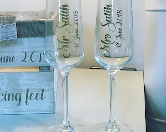 Bride and Groom Matching Mr & Mrs Champagne Flute Set With Date