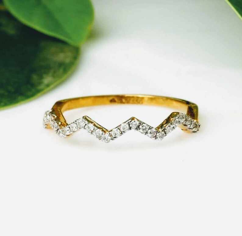 Diamond band stylish  14kt gold Geniune diamond