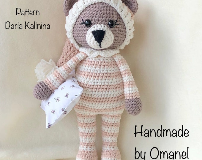 Sleepy Bear in Pajamas - Handmade by Omanel