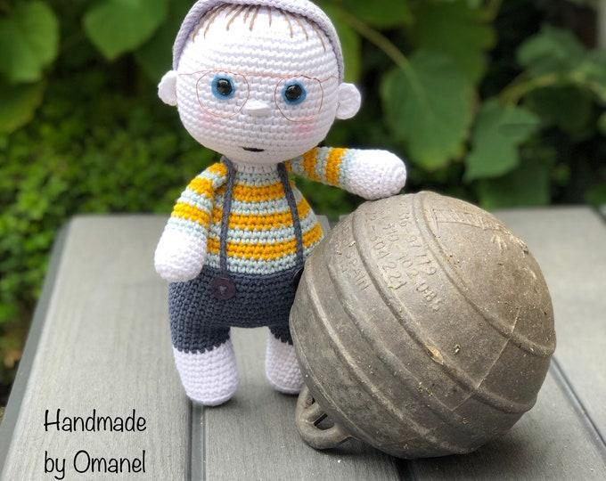Sebastian - Handmade by Omanel