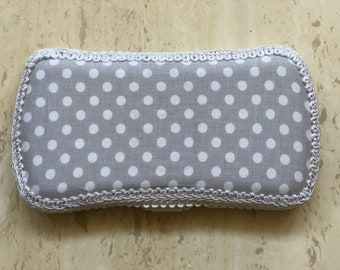 Travel Baby Wipe Case, Gray and White Dots, Diaper Bag, Baby Wipes, Baby Layette, Baby Shower Gifts, Baby Wipe Holder, Wipes
