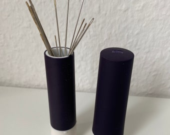NADEL-TWISTER, Magnetic Pin Cushion, Needle Storage, Needle Pillow