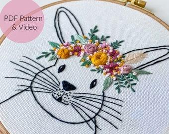 STICKVORLAGE HASE mit Blumenkranz, Stickbild,  Sticken Anfänger, Embroidery Pattern, Kinderzimmer + Video Tutorial