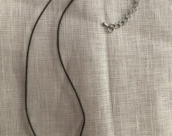 Breast cancer ribbon bead necklace