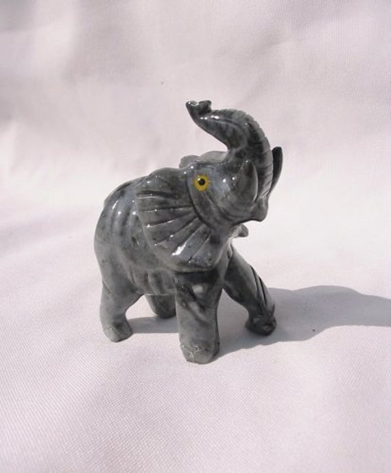 """Peruvian Soapstone Animal Elephant Carving Hand Carved 1.5/"""" Figure From Peru"""