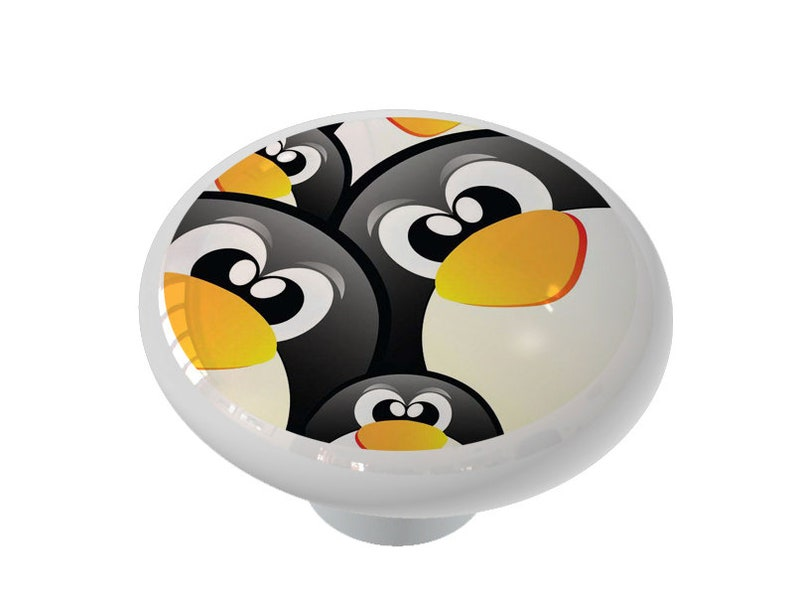 Penguin Peepers Decorative High Gloss Ceramic Knob