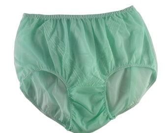 Ladies Large Vintage 1950s Retro Style Silky Knickers full briefs Panties Green