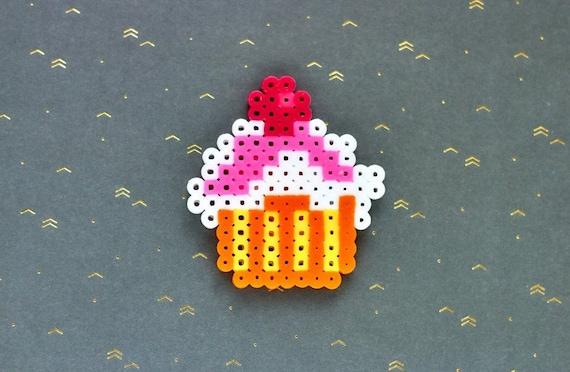 Hama Beads Cupcake Keychain Hama Beads Cupcake Magnet Pixel Art Magnet Cupcake Pixel Art Keychain Cupcake