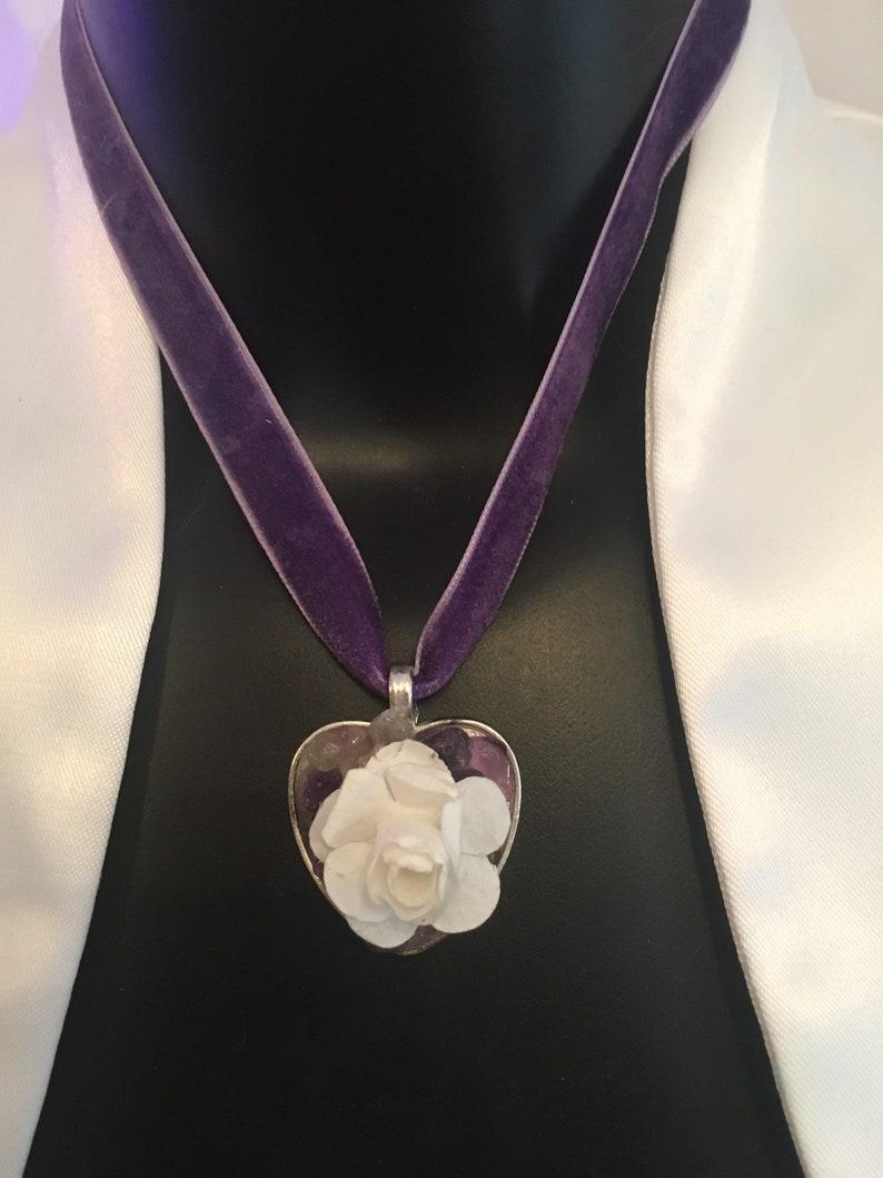 Handmade Rose Quartz Genuine Crystals Stainless Steel Amulet Velvet Ribbon Adjustable Choker Crystal Heart Rose Druzy White Rose Amethyst