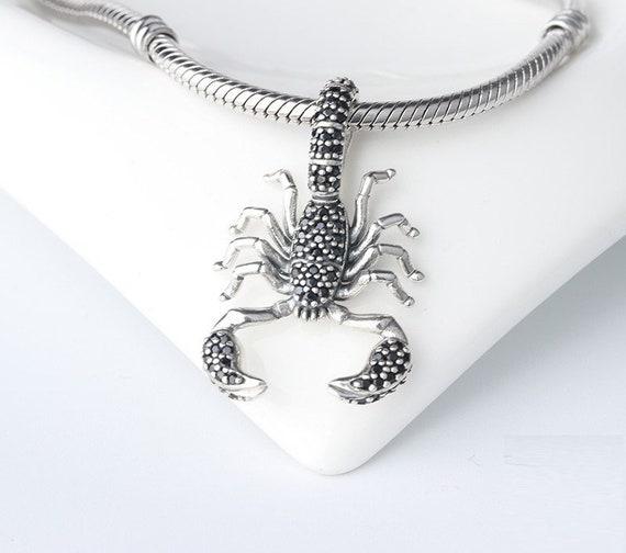 charm pandora scorpion