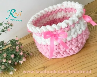 Crochet storage basket, round ,Pink and white,babyshower gift ,birthday, bridesmaids,home decor,nursery storage, changing table,bowl