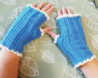 Fingerless mittens, Wrist warmers