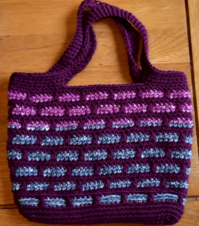 Crochet mosaic brick pattern bag image 0