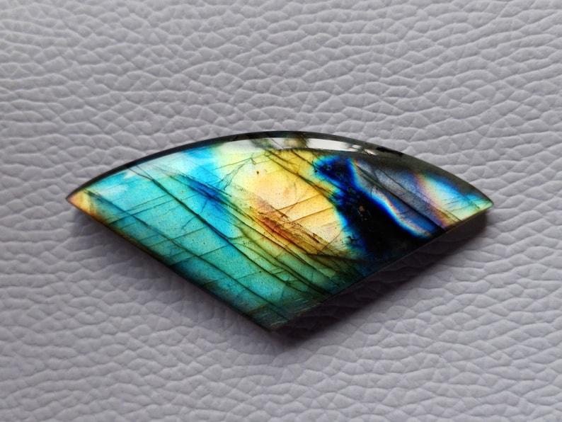 Attrcative Flashy Labradorite Gemstone Cabochon 57X26X7 mm Fancy Shape Use For All Type Jewelry Labradorite Cabochon Gemstone