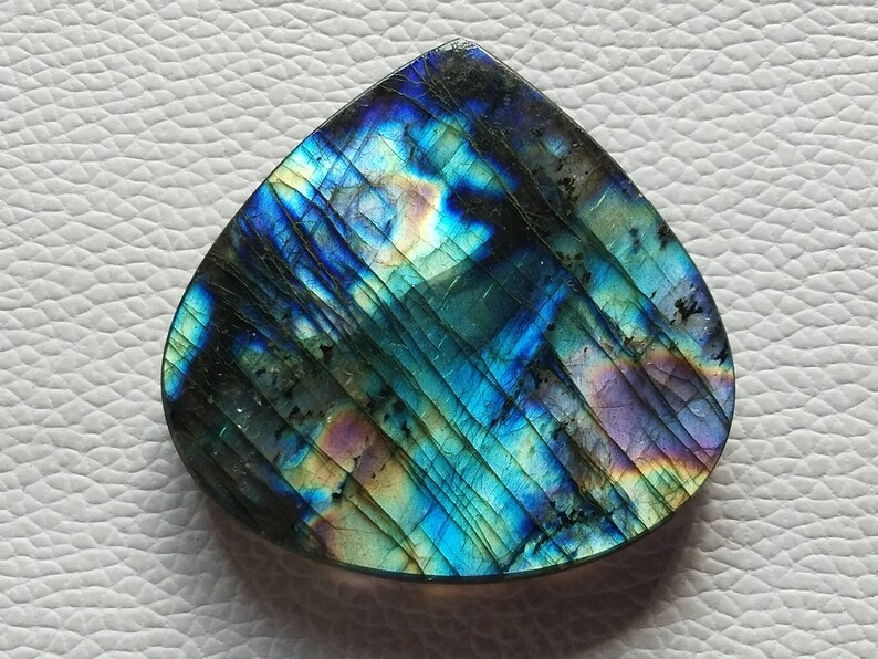 Beautiful Carving Labradorite Cabochon Gemstone Use For Jewelry Natural Unique Flashy Labradorite Gemstone pear Shape Size-42x27x5 MM 50 Ct