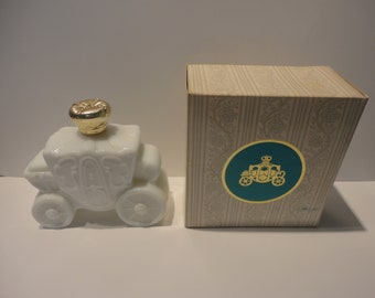 Foaming Bath Oil In Original Box Wide Selection; Avon Lovely 1969 Nib Victorian Washstand