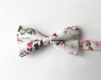 e95b28179f9f Mens White floral bow tie | wedding floral bow tie | groom floral biw tie | mens  floral bow ties | groomsmen floral bow tie | gift for men