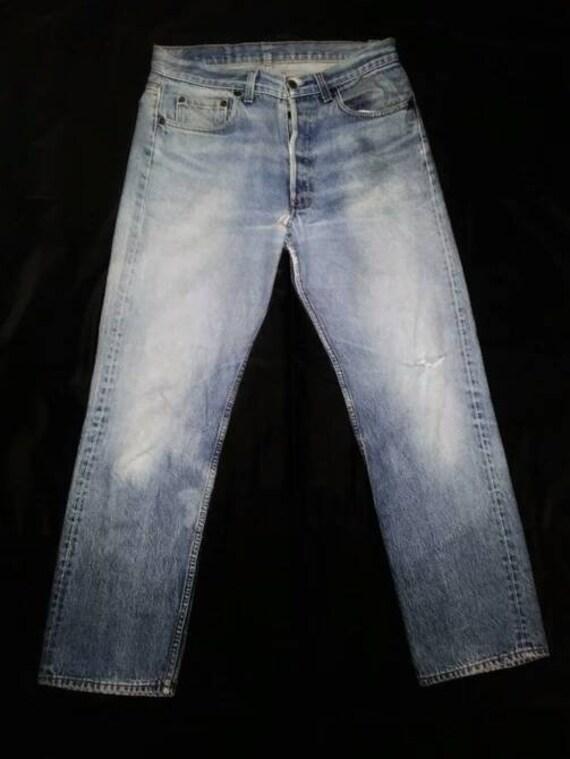 Vintage 90s Levis Ripped Distressed 501 Denim Jean