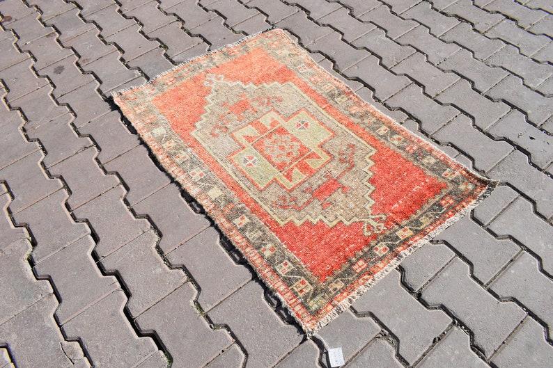 2/'13\u00d73/'31ft,Door Mat Rug,Decorative Rug,Faded Red Rug,Vintage Small Rug,Oushak Soft Rug,Turkish Wool Rug,Hand-Made Wool Rug,Anatolian Rug