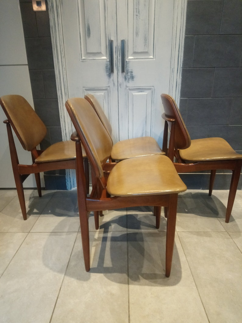 Cool Set Of Four Elliotts Of Newbury Eon Four Teak Dining Chairs Retro Vintage Mid Century Pabps2019 Chair Design Images Pabps2019Com