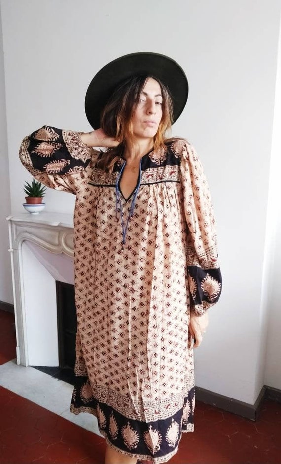 Vintage 70's indian hippie dress / hand block prin