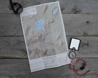 Day Hikes of Landmannalaugar 1:25,000 Map and Hiking Guide - Fjallabak Nature Reserve