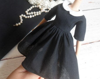 Blythe, Pullip, Barbie black dress with collar, clothes for doll