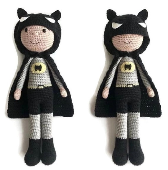 Batman Amigurumi Anleitung, Superheld Crochet Amigurumi ... | 577x570