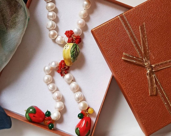 Laryat Y necklace with freshwater Pearls and Sicily ceramic fruit