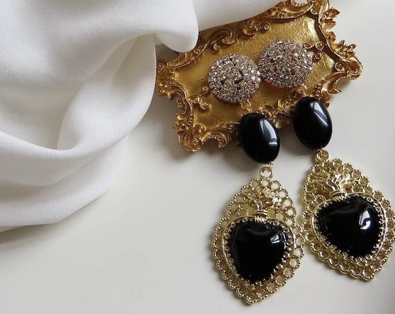 Sacred Heart earrings black