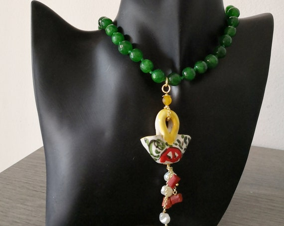 Sicily necklace with green stone and Sicily bag