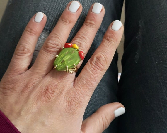 Chunky ring with Sicily ceramic Prickly Pear