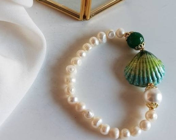 Pearl Bracelet with Sicily Ceramic Shell