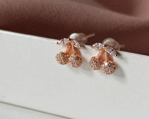 Cherry earrings stud
