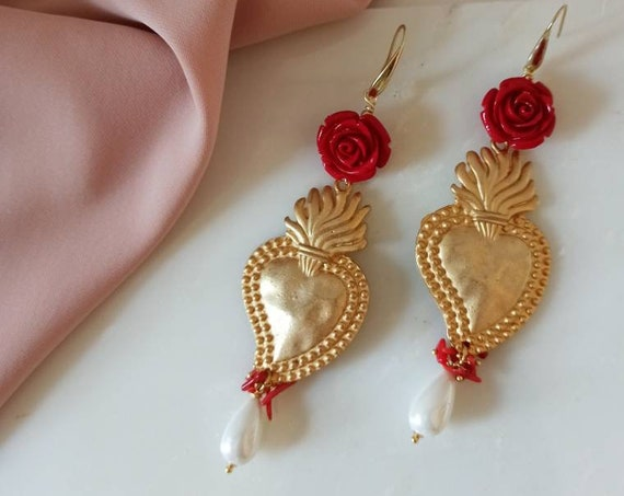 Sacred Heart Earrings gold