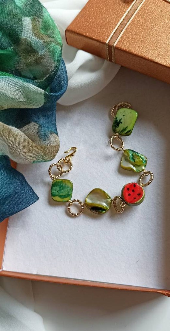Chain and stone bracelet with Mother of Pearl and Sicily Ceramic Watermelon